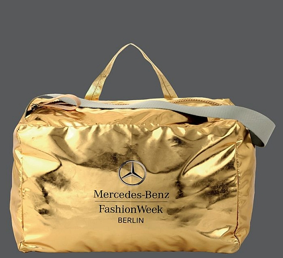 Bree 10 gift bag for mercedes benz fashion week eppi for Mercedes benz purse