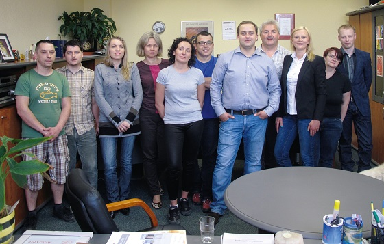 The employees of the printing and sales department with Adam, Juliusz and Marta Jastrz˛ebski (5th, 4th and 3rd from the left).