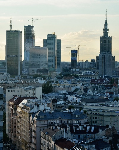 warsaw undisputet hub ot the polish economy