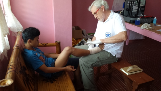 Fu·-verstaucht-Behandlung-fertig werbeartikel nachrichten wa media