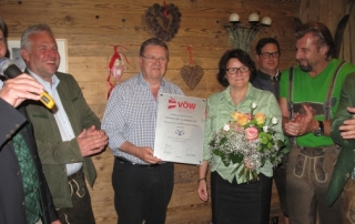 At the hearty get-together in a beautiful alpine setting, Bo Willumsen (m) accepted the VÖW Supplier Partner 2014 certificate on behalf of his company Poul Willumsen.