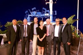 Ippag President Thibaut Fontaine (r) and Ippag General Manager Florence Mosnier (m) together with several former Presidents. F.t.l.: Saro Circo, George Murton, Bob Lederer, Fritz Bauer and Søren Langhoff.