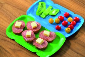 Flip is a modular tray system which can be used as a serving tray, snack plate, chopping board or picnic plate.
