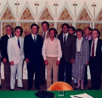 Budapest, 1986: The Ippag members meet Ernö Rubik (m), inventor of the Rubik cube.