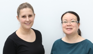 Sarah Sickfeld (l) and Helen Chan-Fröhlich.