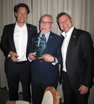 Tribute was paid to the founder, Anthony Driscoll (Arpaco). Ralf Hinterleitner (l, Eurimage CEO and Board Member) and Alex Roethlisberger (Eurimage President) congratulating him.