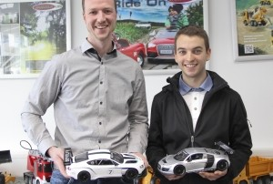 Jamara proprietor, Felix Natterer (l), and the racing driver, Sandro Kaibach.