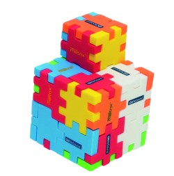 Complex models and shapes can be built out of several cubes.