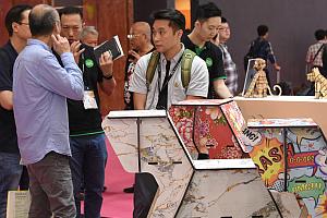 HK Gifts and Premium Fair 3 - Hong Kong Gifts & Premium Fair: Hip gift ideas